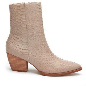 Matisse Caty ivory snake boot